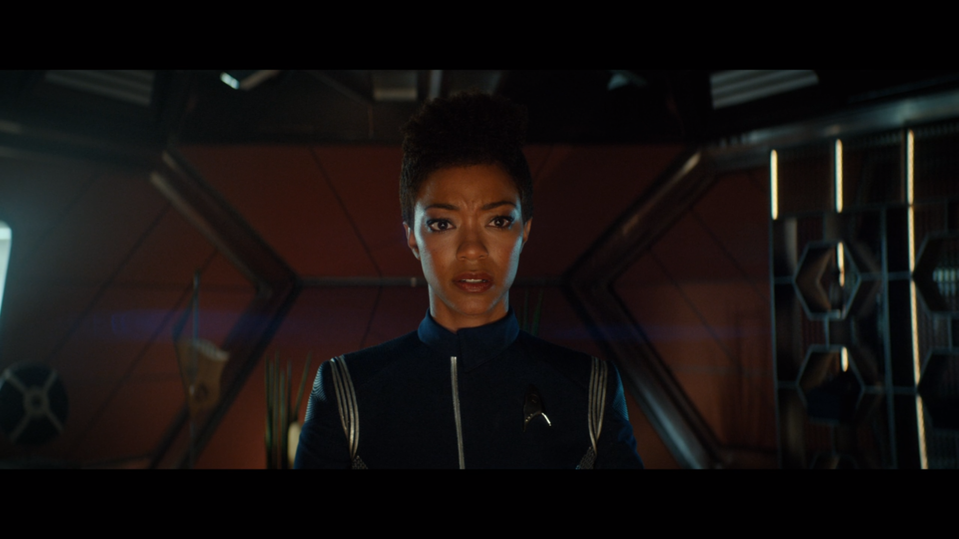 'Star Trek: Discovery's Season 2 Premiere 'Brother' Jumps The Shark By Being Pretty Good, Actually